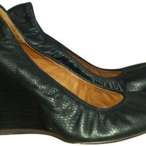 Lanvin Blue Snake Leather 8  1/2 Wedges